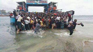 Kenya ferry services suspended following high tides at Likoni channel. PHOTO   Courtesy