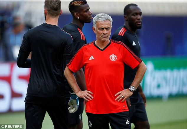 Mourinho đăm chiêu, Lukaku toe toét trước đại chiến 1