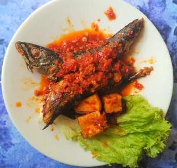 Masakan Ikan Salem Goreng Pedas