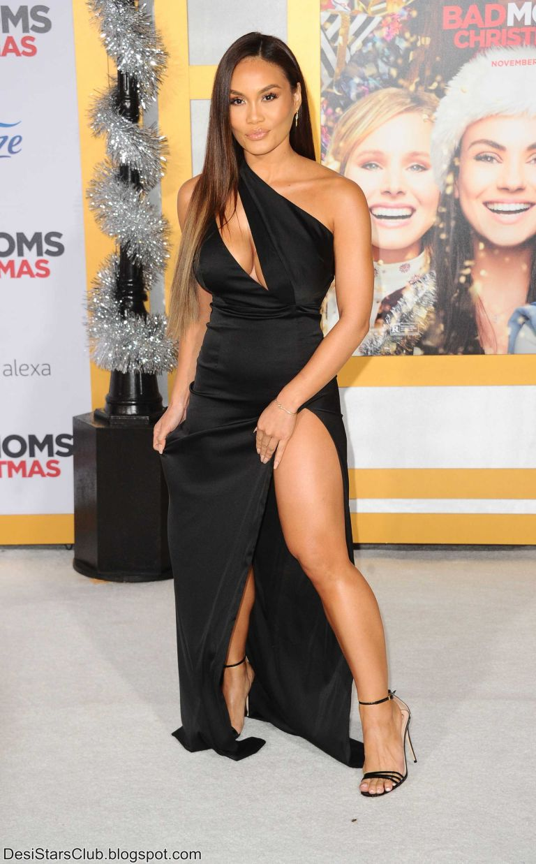 "Daphne Joy Photos at the Premiere of STX Entertainment's ""A Bad Mom's Christmas"""