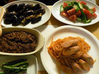 ナス炒め オクラとトマトのサラダ キーマカレー パスタ
