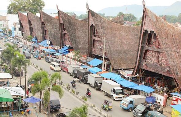 Balerong Onan Balige, Ikonik dari Kota Balige | Pasar Tradisional & Tempat Bersejarah !