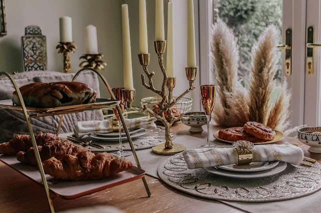 Using Pampas Grass at a luxurious breakfast table setting