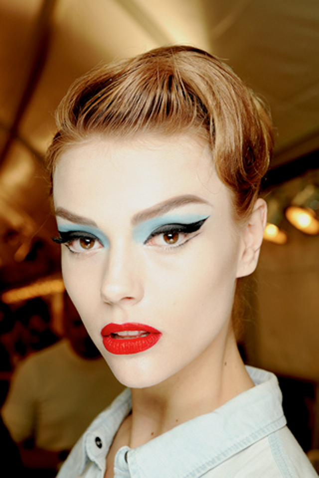 Makeup Show: Feel And Look Great! : Hair & Makeup Trends