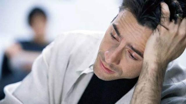 ये है मर्दाना कमजोरी के लक्षण, मर्दों में कमजोरी के लिए ये आदतें हैं जिम्मेदार