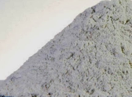 Matakaolin for alkali-silica reaction suppressor for glass concrete