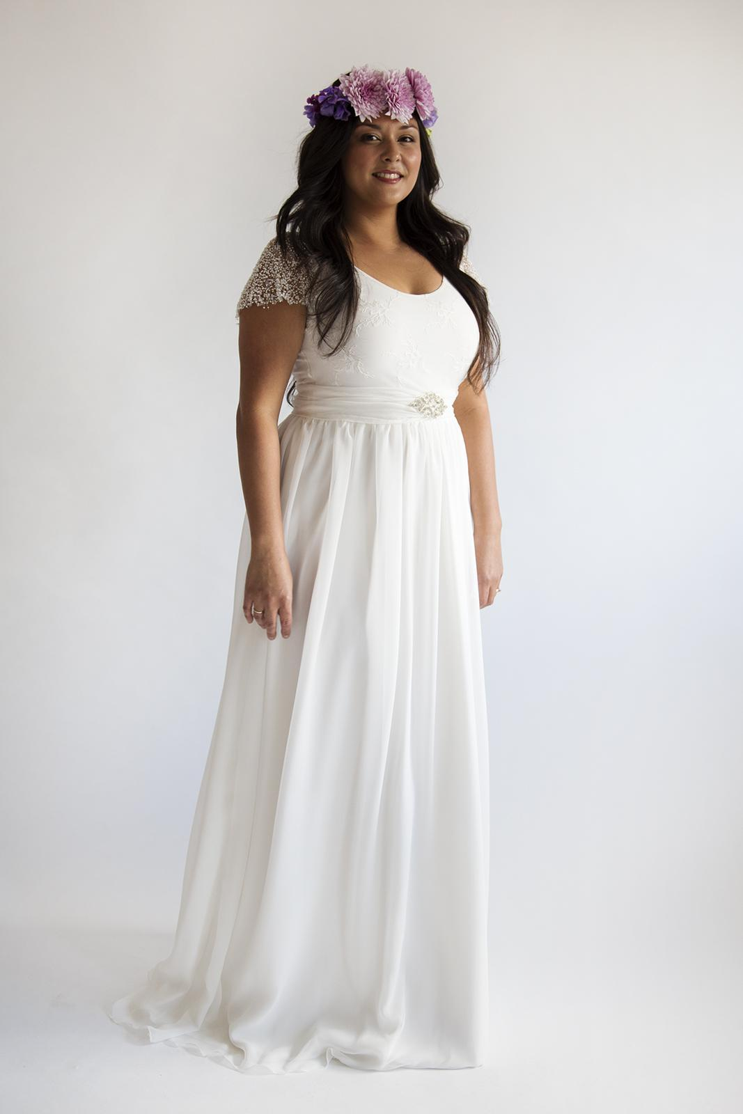 wedding dresses cold climates: Plus Size Beach Wedding Dresses