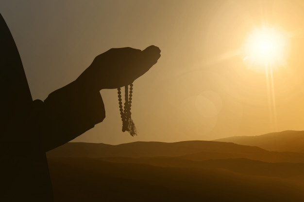 Menggapai Puncak Kesempurnaan Ibadah dengan Muraqabatullah