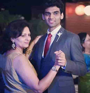 Salil Jamdar With His Mother