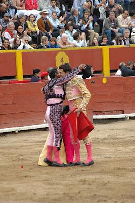 torero paco ureña banderillero corrida toros plaza lima peru