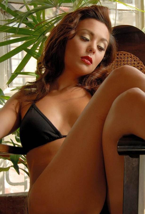 nancy castiglione sexy bikini pics 01