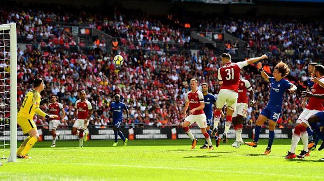 Ini Pujian Untuk Bek Baru Arsenal Dari Wenger