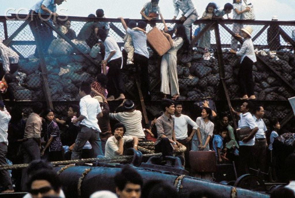 Saigon 30 Fall April