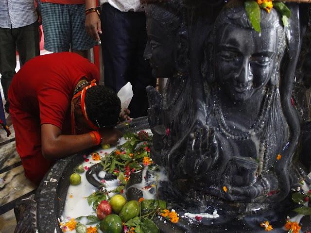भगवान भोलेनाथ का एक ऐसा मंदिर जहां हिंदुओं के साथ मुसलमान भी करते हैं पूजा, जानें