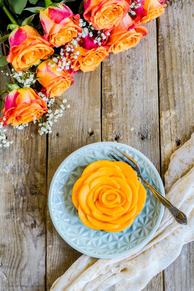 Tartaletas crema y melocotón