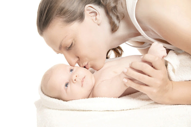 położna środowiskowa, połóg, wizyta położnej, zapytaj położną, o co zapytać położną, poród