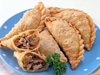 Resep Pastel Isi Ayam Jamur, Gurih dan Dijamin Enak
