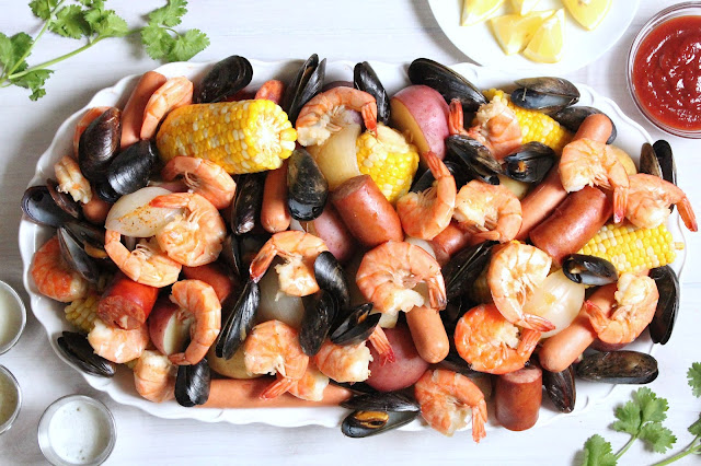 New England Shrimp Boil with Mussels