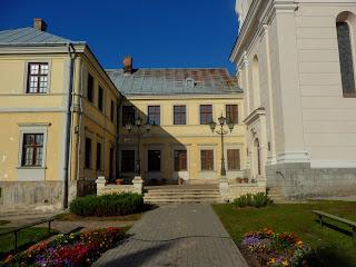 Жовква. Монастир Різдва Христового оо. Василіян