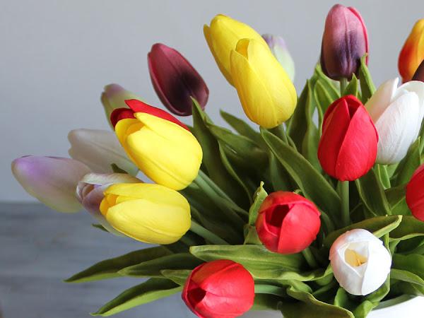 A Simple Spring Flower Bucket DIY