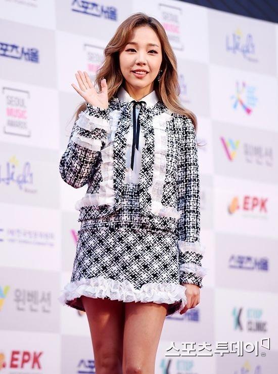 Baek Ah Yeon da JYP'den ayrıldı