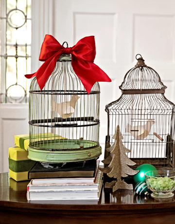 Craft: 15 Interesting ideas to display Bird Cages!