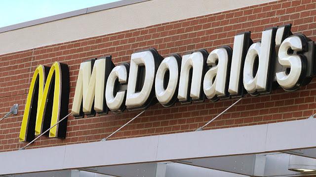 """McDonalds anuncia el uso de carne fresca a pesar del """"riesgo potencial"""" de contaminación"""