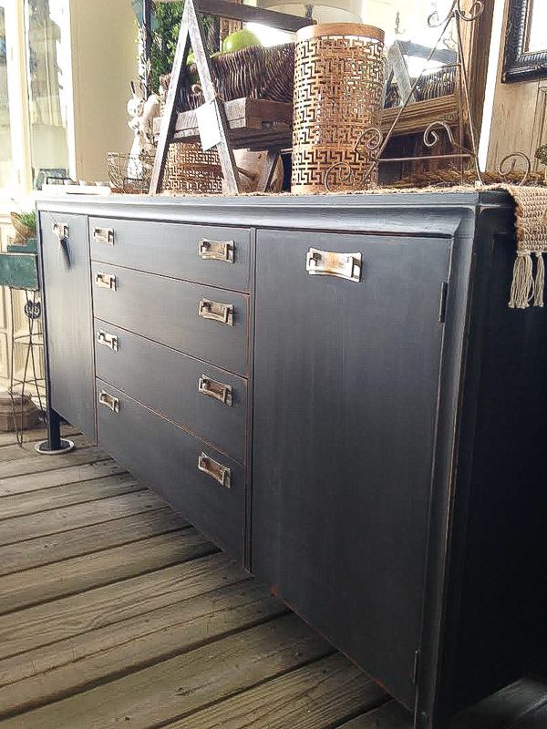 Vintage Market Recap And New Living Room Chest | Little House Of