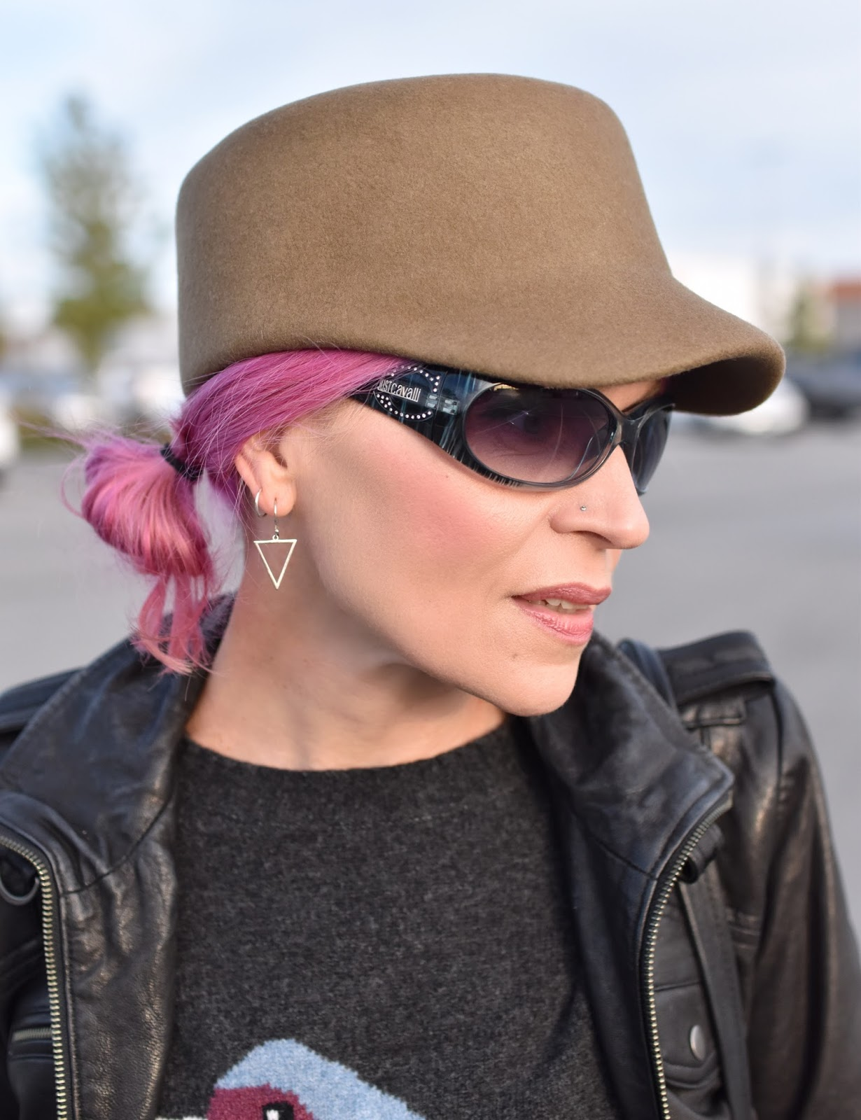 Monika Faulkner outfit inspiration - military-inspired felt cap, Just Cavalli sunglasses, fuchsia hair