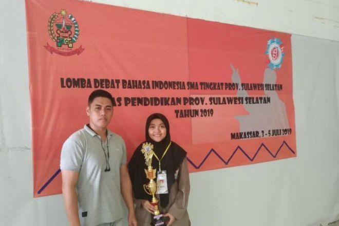 Siswi SMA Islam Athirah Bone Wakili Sulsel Lomba Debat Tingkat Nasional