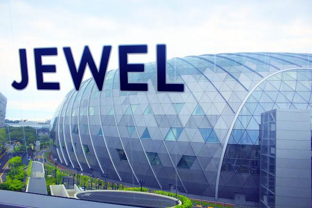 Berpetualang di Singapore Dimulai Dari Jewel Changi