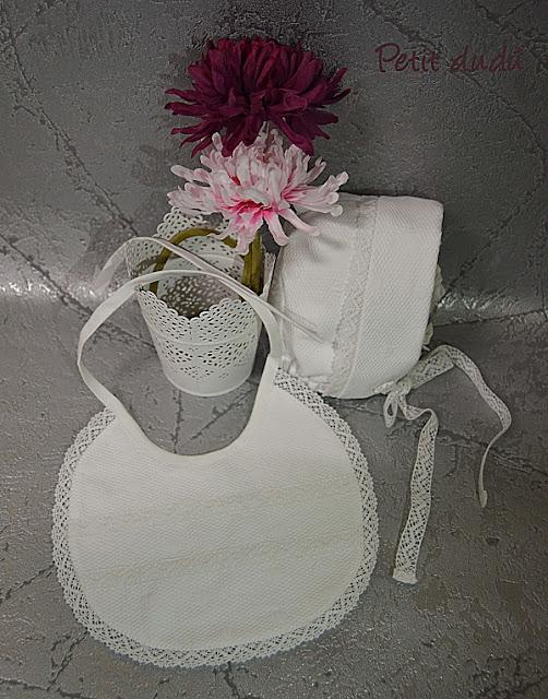 http://petitdudu.blogspot.com/2015/05/conjunto-blanco-de-pique-con-zapatos.html