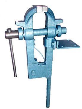 Clamping Vice Equipment And Tools Used In Forging Or Smithy Manufacturing Work