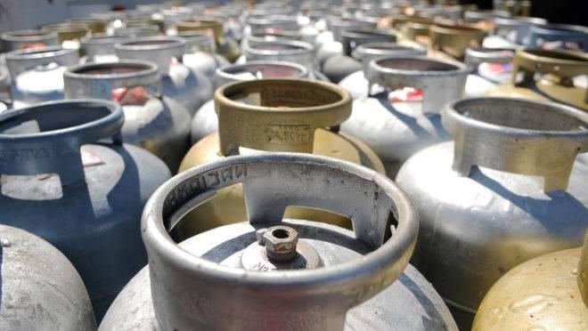 Petrobras anuncia reajuste no preço do gás de cozinha