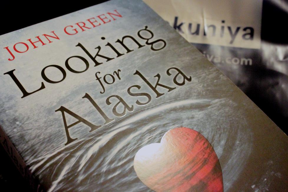 Looking For Alaska Takumi: John Green Writes An Endearing Love Story That Captivates