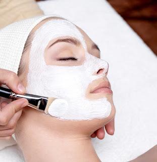 bagaimana membuat kulit Anda bersinar secara alami di rumah