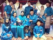 33+ Top Info Baju Kurung Melayu Keluarga