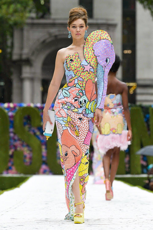Gigi Hadid graces the runway at Moschinos SS22 NYFW show