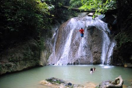 11 Obyek Wisata Air Terjun Yang Mempesona di Aceh
