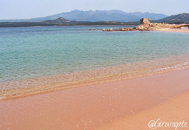 spiaggia rosa Tonnara Corsica