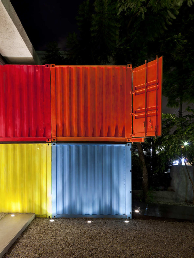 Decameron - Low Budget Colorful Shipping Container Store, Brazil 28