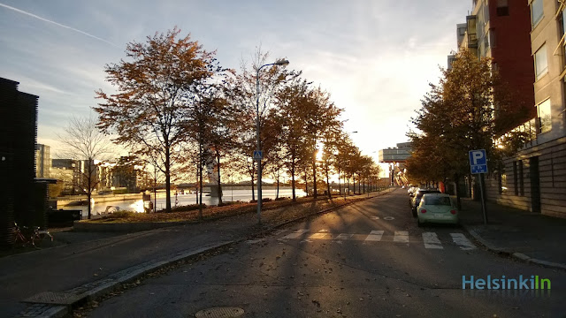 afternoon sun in Ruoholahti