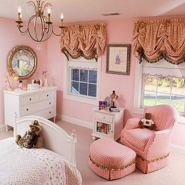 dormitorio de nia con acentos clsicos que lo podemos ver en su estilo de cortinas espejo iluminacin y acentos en mobiliario curvo with cortinas para