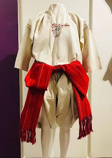 vestuario típico de algodón de hombre