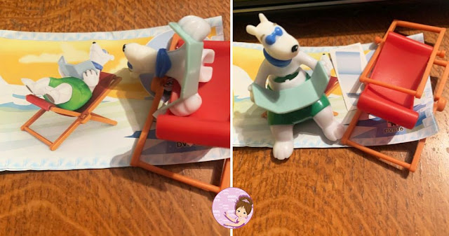 Kinder Maxi polar bear figurine with a book