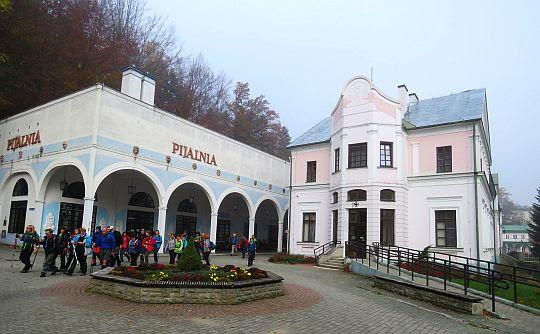 Pijalnia i Stare Łazienki.