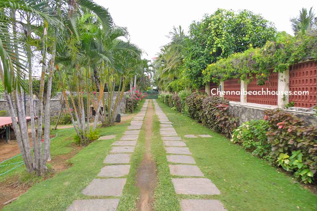 farm house in ecr