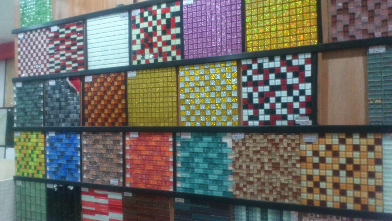 Banyak Pilihan Jugak Kat Kedai Tile Ni A Aku Rasa Terkini Kurang Sikit Pilihannya Yang Patern Lama Showroom Pun Xda
