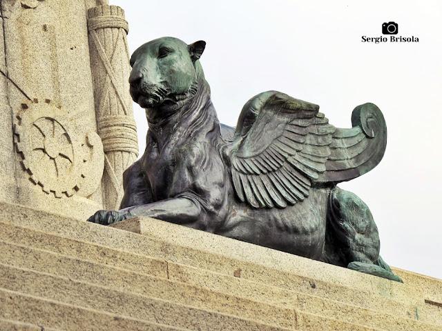 Close-up da Escultura Tigre Alado - Parque da Independência - São Paulo