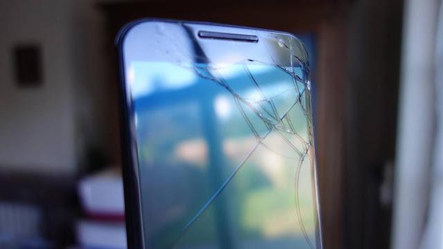 Senado aprova lei que obriga assistência técnica a fornecer celular reserva
